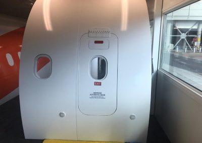 easyJet (x2) A320 DT
